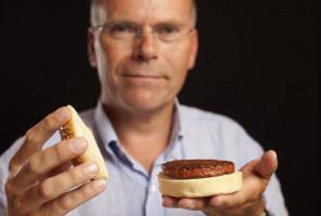 Holenderska firma chce wprowadzić na rynek mięso z probówki w 2021 roku