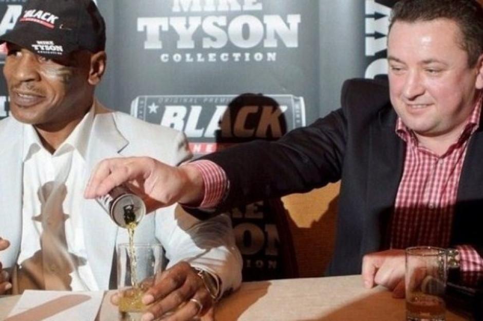 Muzeum Powstania Warszawskiego: Opaska na ramieniu Tysona to profanacja