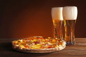 Pizzaportal wskazuje top przekąski do piwa