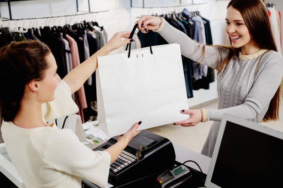 Polacy najczęściej korzystają z programów lojalnościowych w sklepach z odzieżą