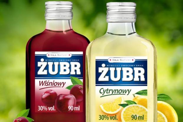 Boom na alkohole smakowe w małych formatach. Stock wprowadził warianty smakowe marki Żubr
