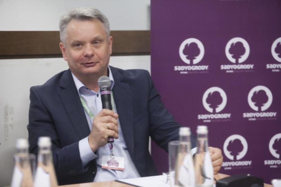 Maliszewski: Zakaz w handlu owocami z Rosją jest niemal dla wszystkich niekorzystny