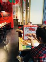 Papa John's otwiera kolejny lokal w Warszawie