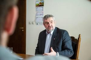 Minister Ardanowski: Po wakacjach rozszerzenie możliwości sprzedaży bezpośredniej z gospodarstw