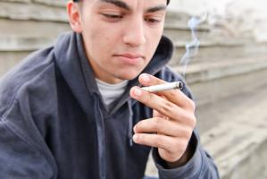 Nastolatki w Europie palą coraz więcej