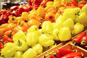 Polacy coraz chętniej uprawiają i jedzą paprykę