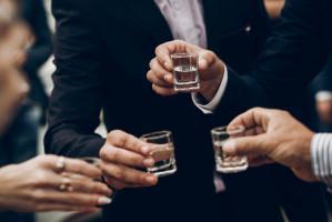 Polacy piją więcej mocnych alkoholi
