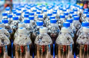 PepsiCo: 50% udziału materiału rPET w butelkach w UE do 2030 r.