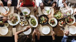 We Francji celebrowanie posiłku i wspólne siedzenie przy stole ważniejsze niż samo jedzenie
