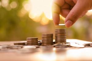 Minimalne wynagrodzenie w 2019 r. - 2 250 zł, a  minimalna stawka godzinowa - 14,70 zł