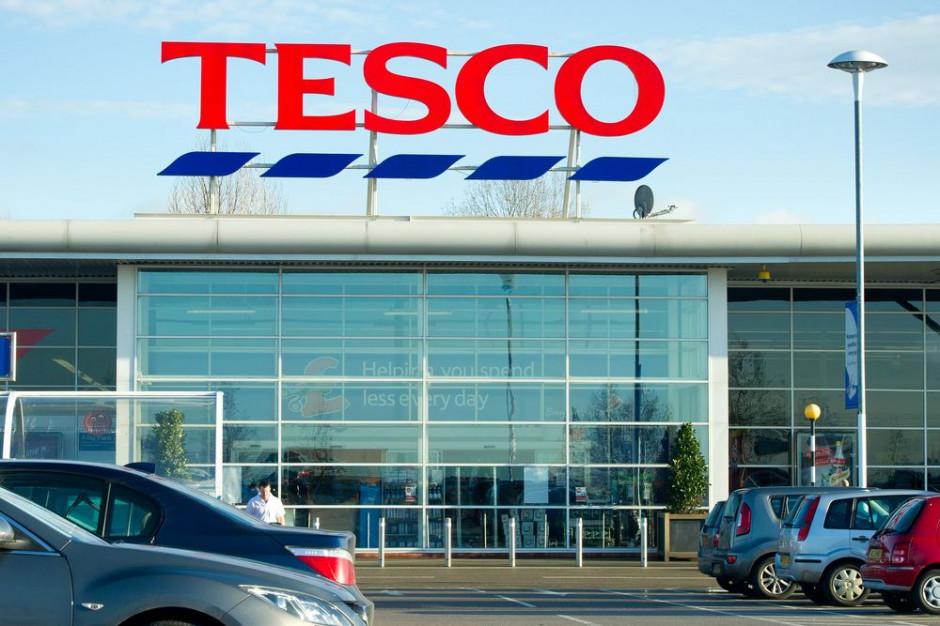 Tesco oferuje pakiet pomocy dla zwalnianych pracowników