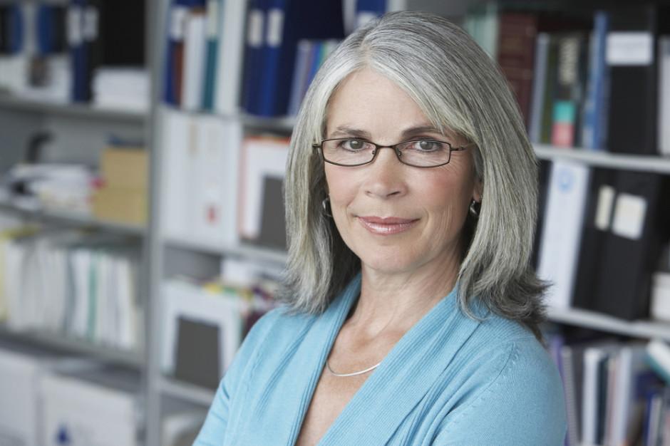 Ekspert: Pracodawcy muszą zmienić podejście do starszych pracowników