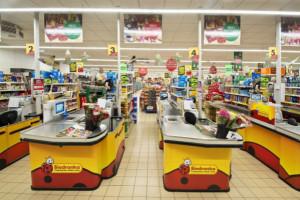 Biedronka: Związkowcy chcą skrócenia godzin otwarcia sklepów w piątki i soboty
