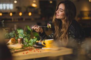 Dieta śródziemnomorska istotnie zmniejsza ryzyko udaru mózgu u kobiet