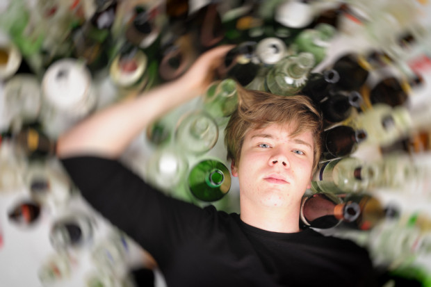 Raport: 26 proc. polskich 15-latków upiło się co najmniej dwa razy w życiu