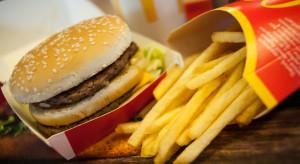 USA: McDonald's wycofuje z burgerów sztuczne barwniki i konserwanty
