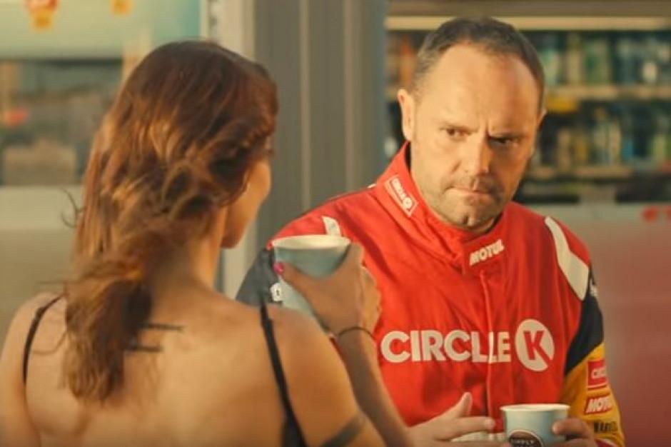 Karolina Pilarczyk i Tomasz Kuchar promują jesienne nowości na Circle K (wideo)