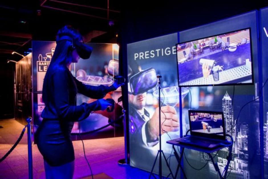 Stock zorganizowa艂 w Polsce pierwszy na 艣wiecie turniej barma艅ski w technologii VR