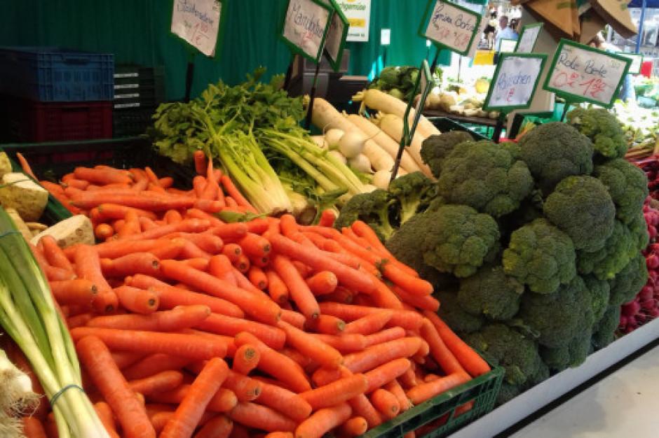 Bronisze: Od upałów ucierpiały warzywa spod osłon
