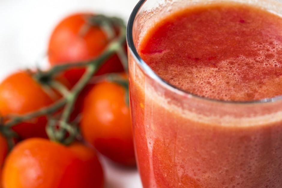 Dlaczego warto sięgać po sok pomidorowy?