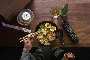 Uber Eats chce uruchomić 400 wirtualnych restauracji w Wielkiej Brytanii