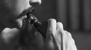 Badanie: E-papierosy najpopularniejszą metodą rzucania palenia w Anglii
