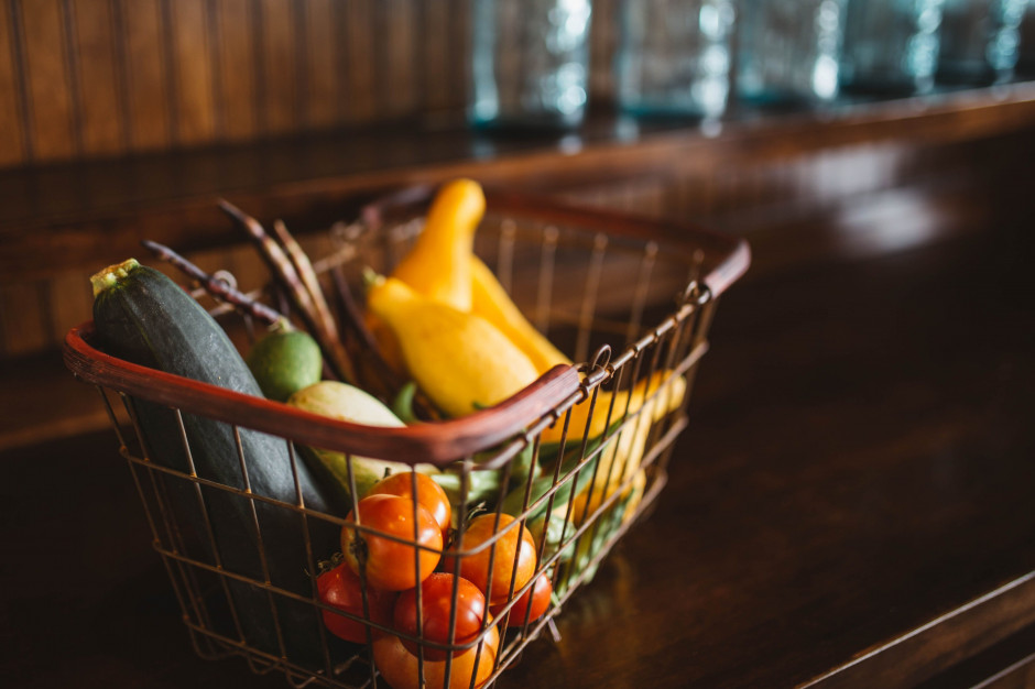 Obniżony VAT na pieczywo, owoce, produkty dla dzieci i artykuły higieniczne dla kobiet