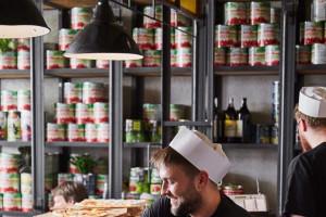 FRSiH: Klienci oczekują mariażu gastronomii z handlem