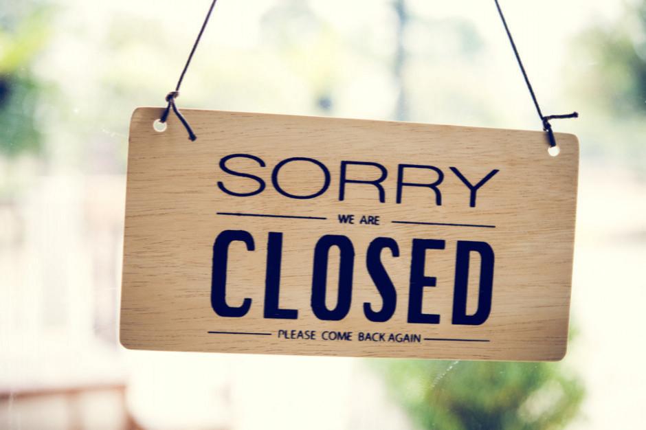Komisja sejmowa: sklepy nie będą mogły handlować w niedziele udając placówki pocztowe