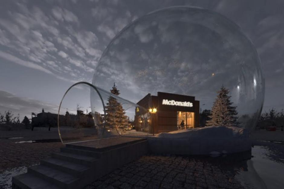 Bajkowy McDonald's w przezroczystej kuli. Nowa instalacja w Lublinie