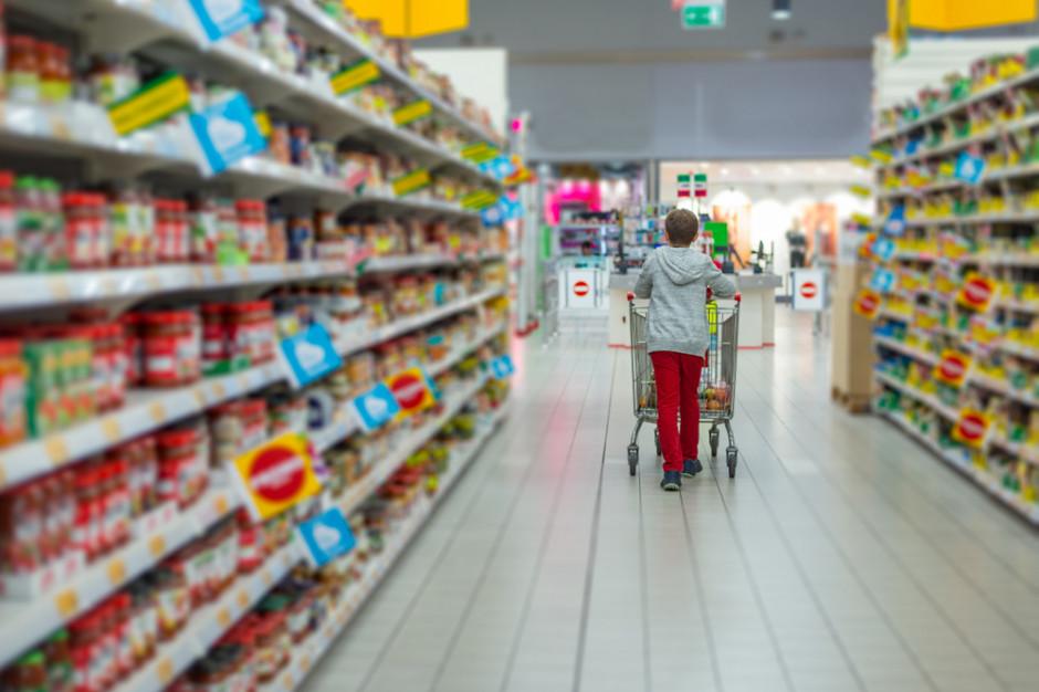 Badanie:Polacy za dwoma wolnymi niedzielami w miesiącu dla sprzedawców