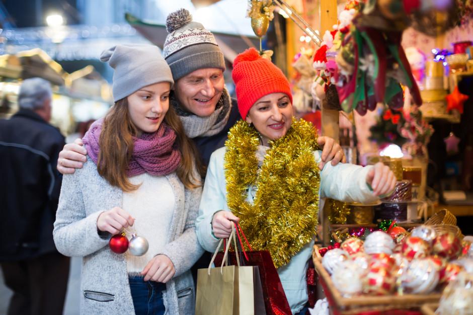 Nielsen: Co i kiedy kupują Polacy przed świętami?
