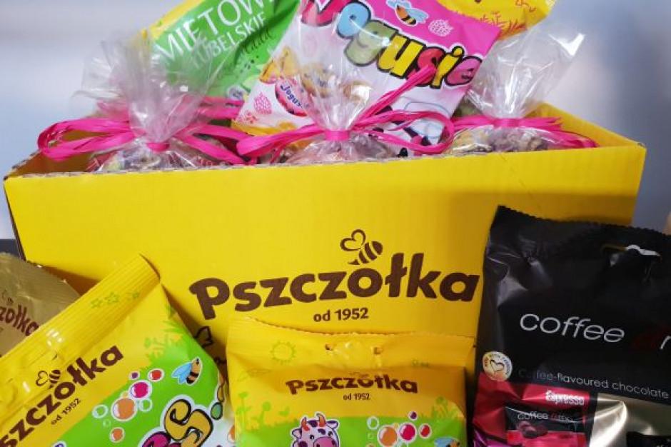Fabryka Cukierków Pszczółka wspiera polskie dzieci na Ukrainie