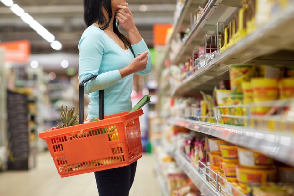 Dyskonty liderami wzrostu i spadku średnich cen najczęściej promowanych towarów
