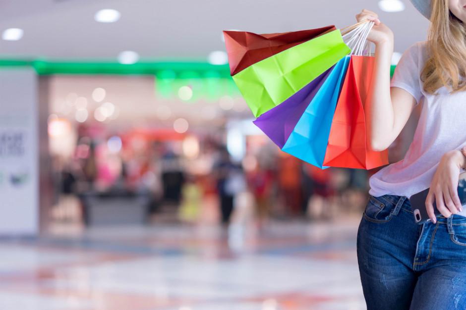 Polacy uważają się za rozsądnych i ceniących umiar konsumentów