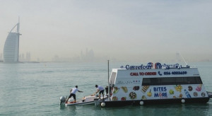 Carrefour uruchomił pływający supermarket
