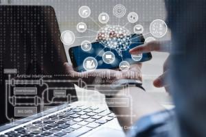 Sztuczna inteligencja napędza przedświąteczną sprzedaż w e-sklepach