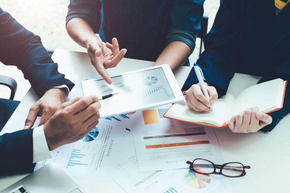 Eksperci: Na co w grudniu powinni zwrócić uwagę przedsiębiorcy