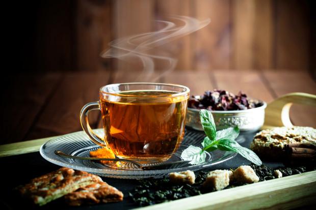 Badanie: Polacy piją więcej herbaty niż Chińczycy czy Japończycy
