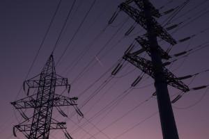 Sasin gwarantuje: Nie będzie podwyżek cen prądu dla klientów indywidualnych, firm i samorządów