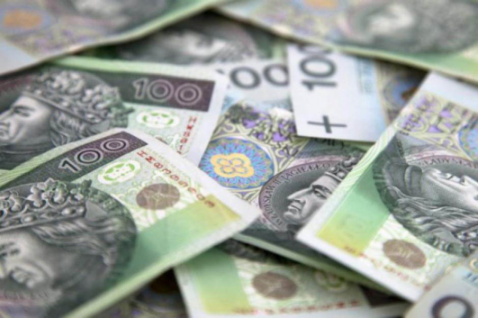 Pekao: silny wzrost dynamiki płac w listopadzie