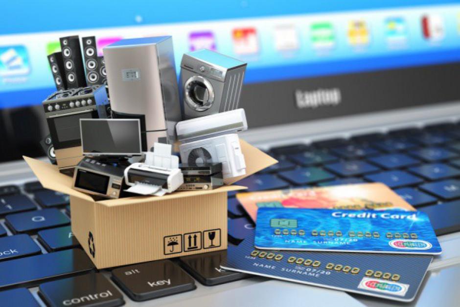 Ekspert: Konsumenci powinni być wyczuleni na próby oszustwa e-sklepów