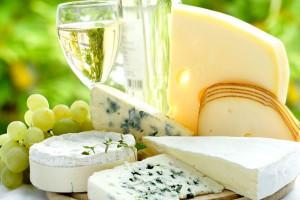 Jakie funkcje pełni pleśń w serach pleśniowych?