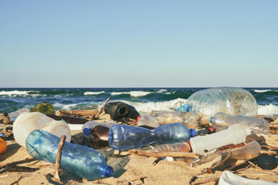 Nadchodzi plastikowa rewolucja. Nowe przepisy od 2021 r.