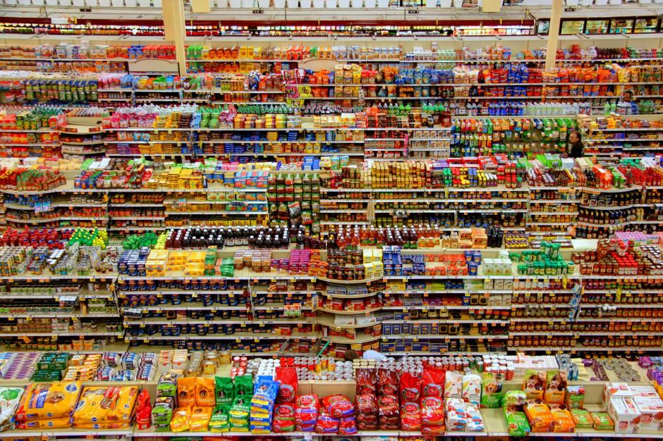 Popyt konsumpcyjny w polskiej gospodarce pozostaje silny pod koniec roku (analiza)