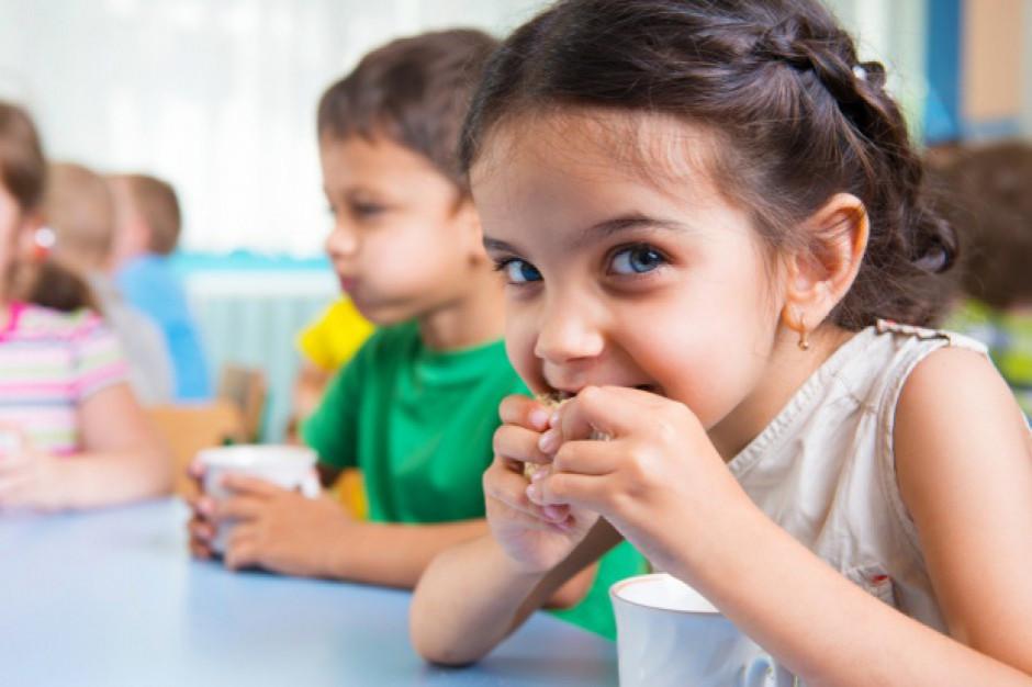 Rusza program rządowy Posiłek w szkole i w domu