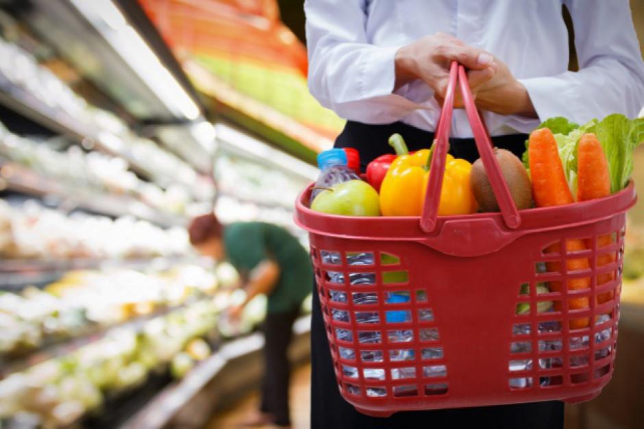 Sprzedaż detaliczna żywności, napojów i wyrobów tytoniowych w grudniu spadła o 1,4 proc. rdr