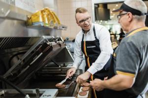 Milion dolarów na szkolenia dla pracowników McDonald's w Polsce