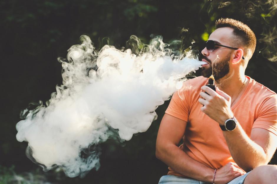 E-papierosy to większe ryzyko poważnych problemów zdrowotnych
