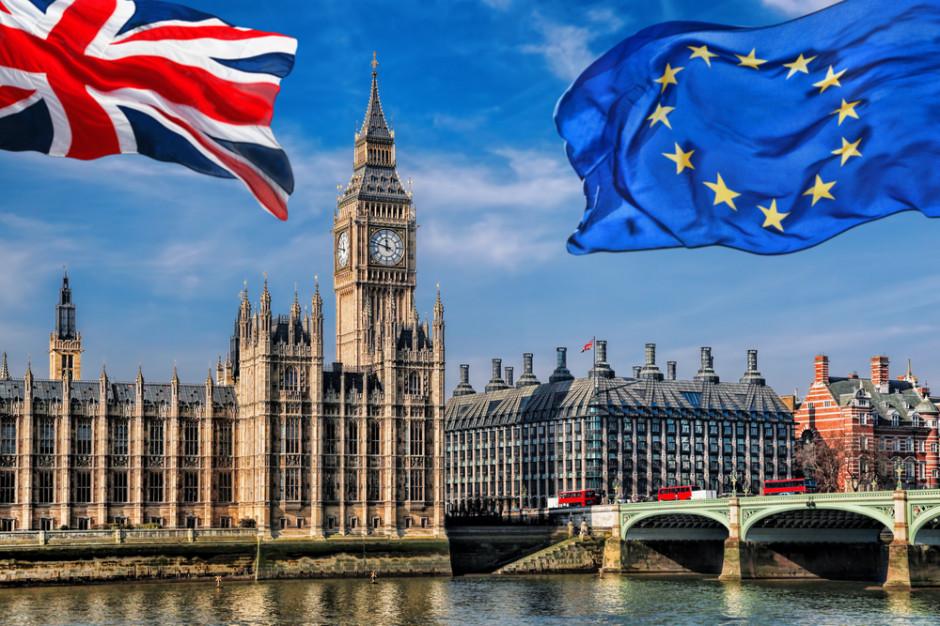 KE przedstawia nowe propozycje na wypadek twardego brexitu